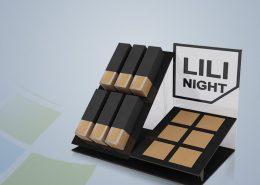 استند رومیزی Lili Night - نمونه استند - نمونه کار استند - سفارش استند - استند آرایشی - ساخت استند - استند - نوین تندیس