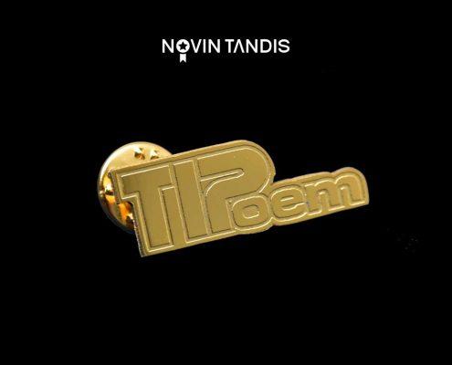 بج سینه TIPoem - نمونه بج سینه - ساخت بج سینه - قیمت بج سینه - بج سینه - نوین تندیس
